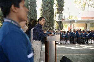 Anuncia Roberto Sosa combate al rezago educativo en Corregidora