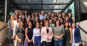 Mauricio Kuri expone su trabajo legislativo ante empresarias de Querétaro