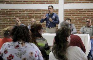 Atenderá Roberto Sosa peticiones en materia de movilidad